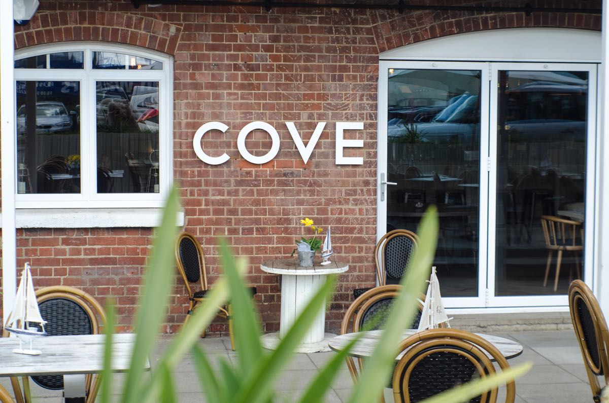 Cove bar and restaurant